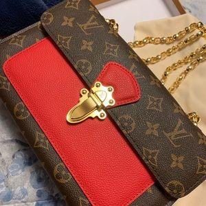 Louis Vuitton bag - Victoire